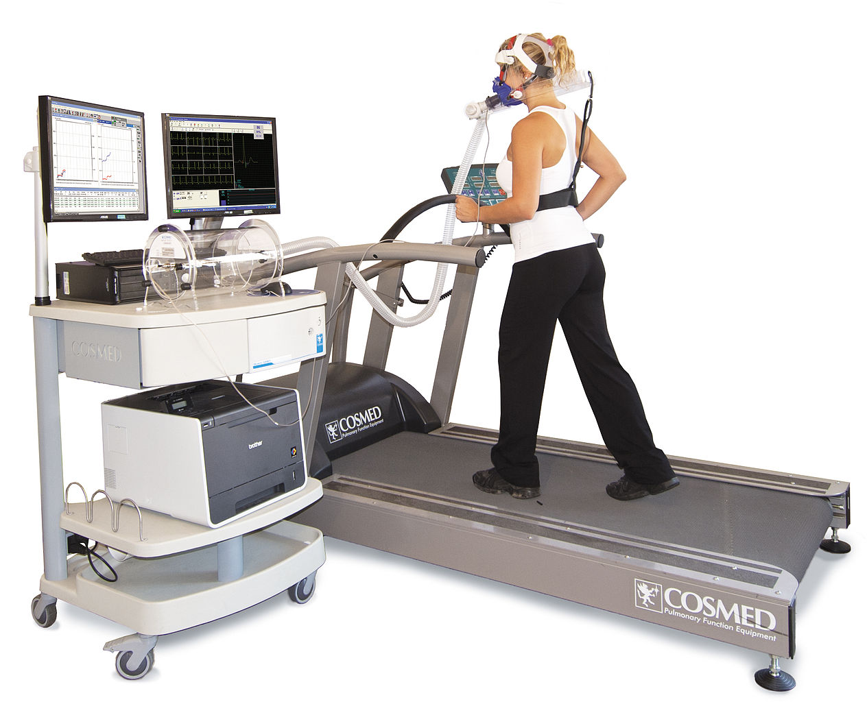 VO2 max measurement through a modern metabolic cart during a graded exercise test on a treadmill