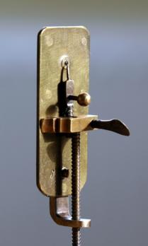 A model of one of Leeuwenhoek's glass bead microscopes