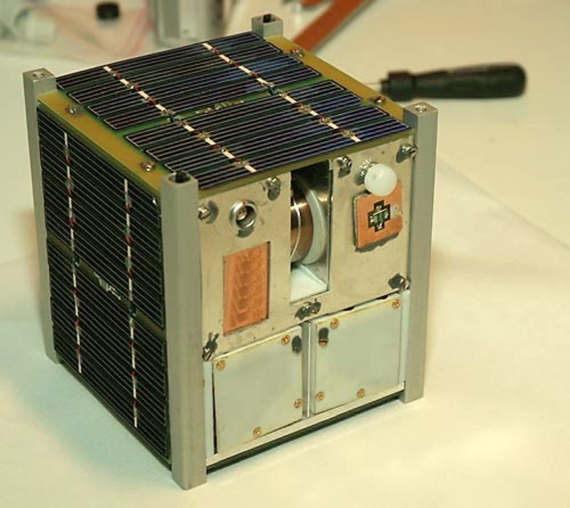 Norwegian student satellite NCUBE2