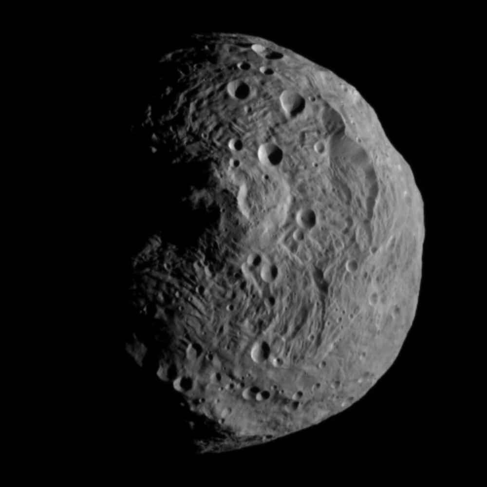 Asteroid 4 Vesta from Dawn on July 17, 2011. The image was taken from a distance of 9,500 miles (15,000 km) away from Vesta.