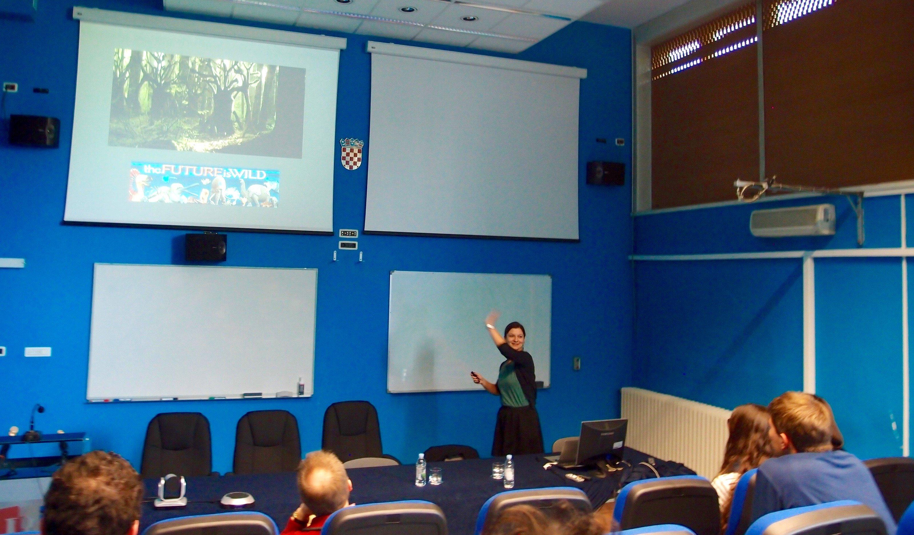 Maja Maslac Mikulec presents at Naked Science Master Class
