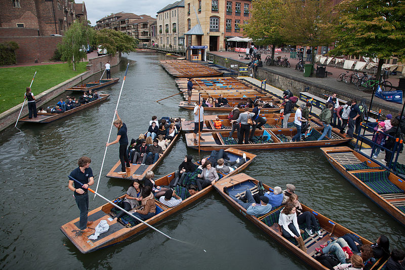 Punting pile-up in Cambridge