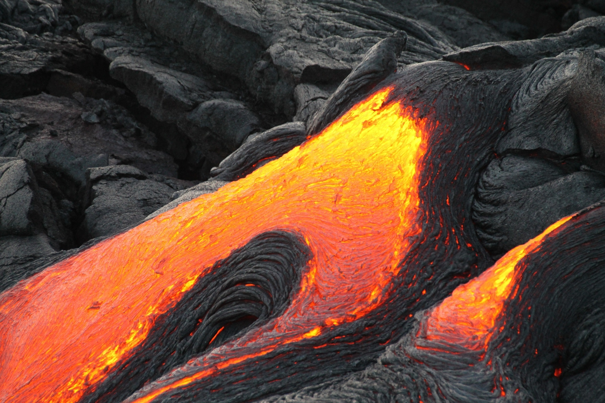 VolcanoLavaFlow