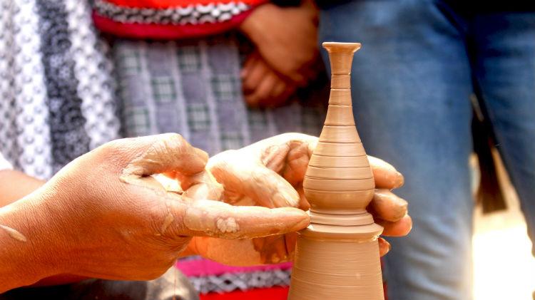 pottery making, artisan, maker movement