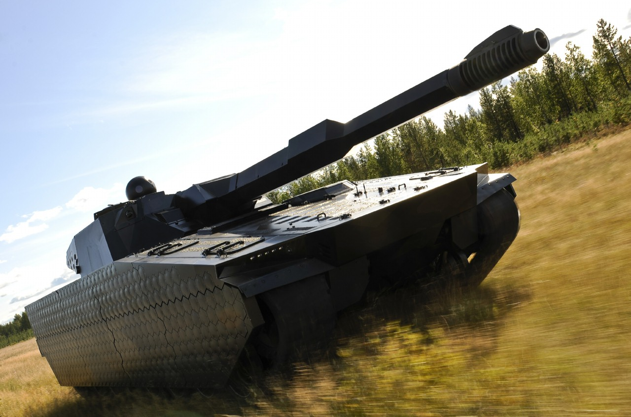 Tank with Adaptiv thermal camouflage