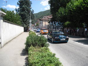 Tdf support cars in Giers-Venon