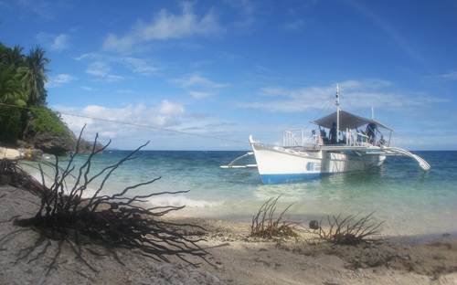 Coral Cay boat in the Philippines