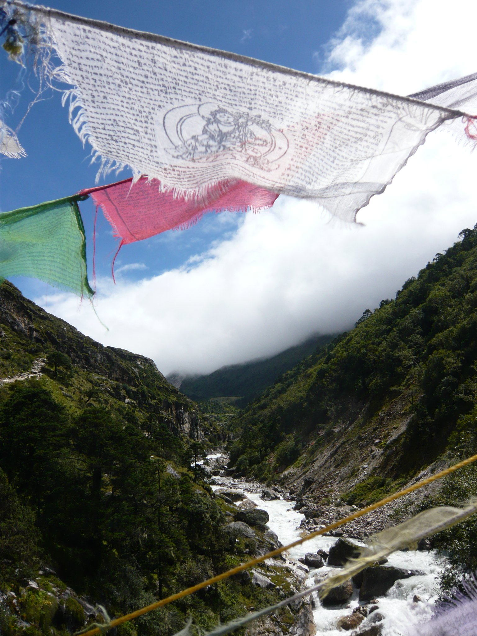 Everest Trek - Flags