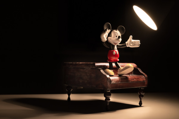 Mickey Mouse on piano