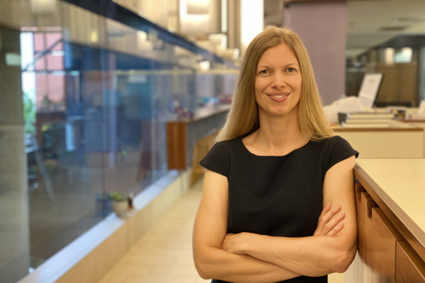 Dr Alena Pribyl, Microba