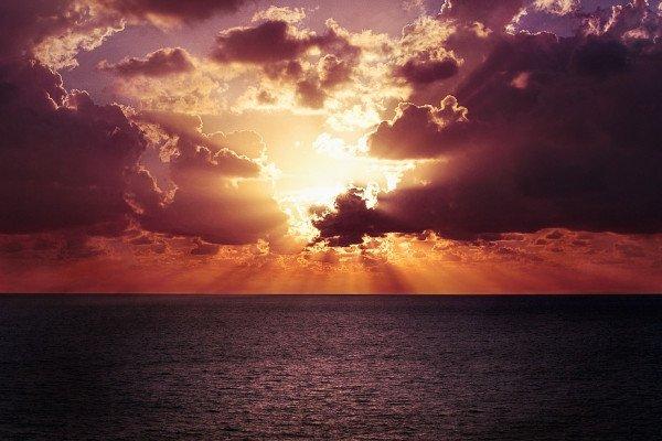 Sunrise or sunset over sea