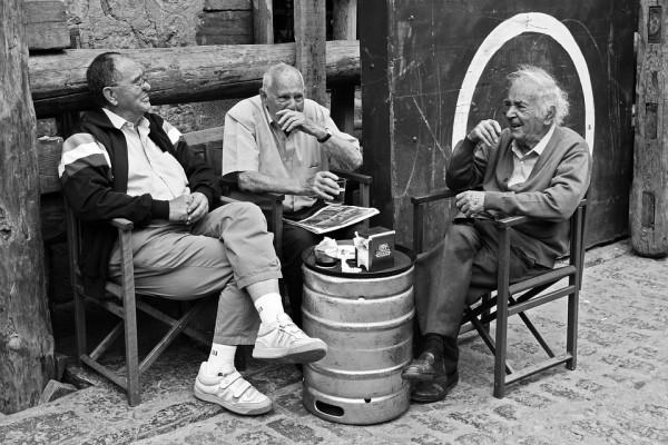 ELDERLY PEOPLE, CONVERSATIONS