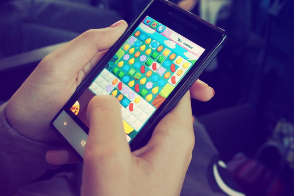 A mobile game being played on a phone