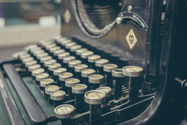 An old-fashioned manual typewriter