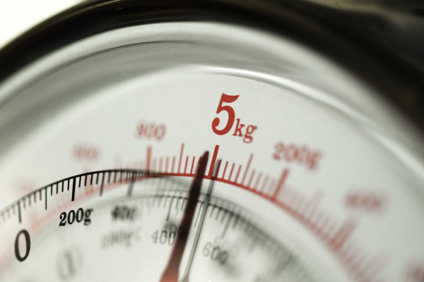 Scales reading 5kg