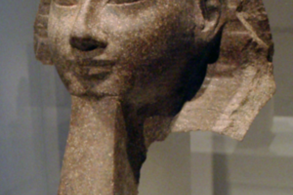 Photo of a bust of the pharoah Hatshepsut, taken at the Altes Museum, Berlin (part of the Ägyptisches Museum Berlin collection).
