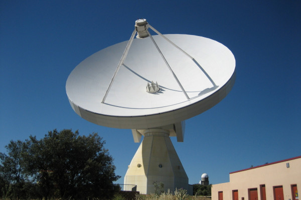 The Aries Antenna at the Yebes astronomical observatory (Guadalajara, Spain).