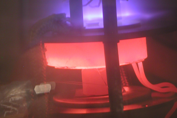 Nanotubes growing using a plasma enhanced chemical vapour deposition