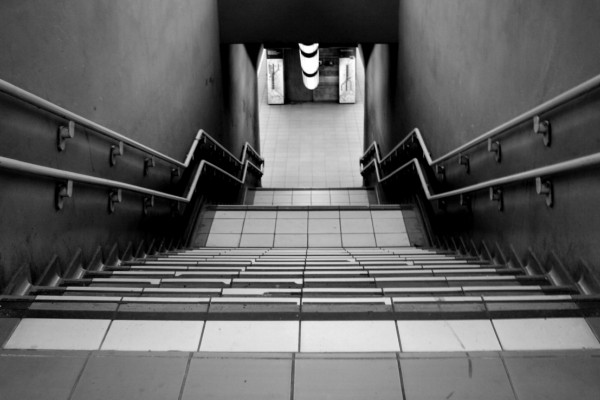 A straight flight of stairs, at Porta Garibaldi sotterranea station, Milan.