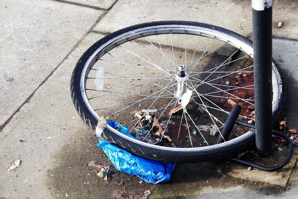 A new smartphone app could use the power of a crowd to return a stolen bike to its owner.