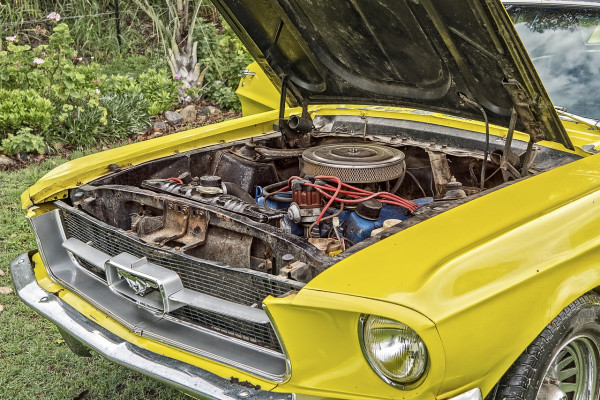 Ford Mustang Engine