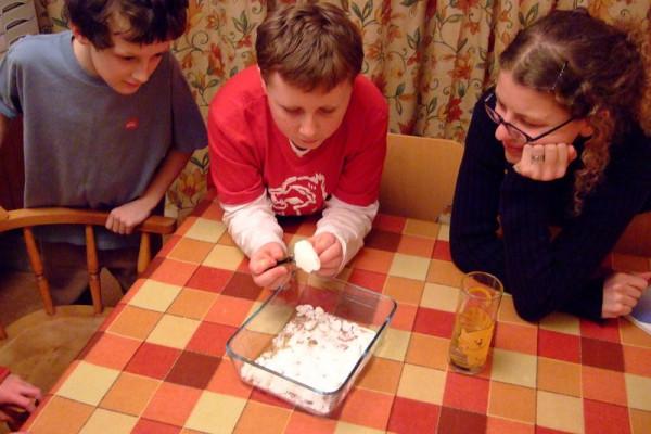 Crushing sugar in Cottenham