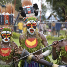 Papua New Guinea tribal dancers