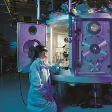 Laboratory equipment and a scientist