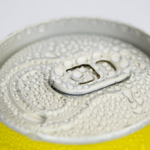 Can of fizzy drink