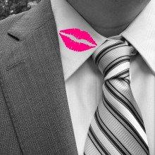 Collar with lipstick mark...