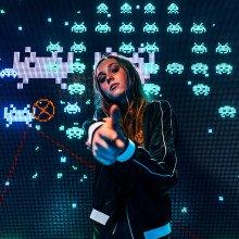 A female gamer