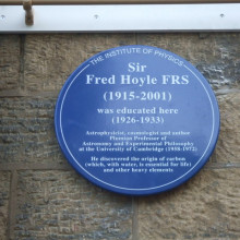 Plaque to Sir Fred Hoyle, near to Crossflatts, Bradford, Great Britain