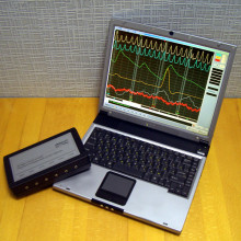 A polygraph running on a laptop