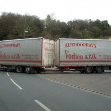 Ariculated Lorry