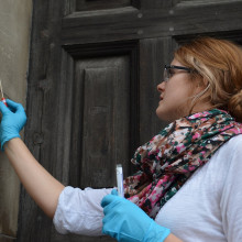 Josie Buerger sampling St Paul's cathedral...