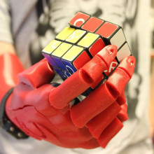 The 3D-printed bionic hand wins could bring robotic limbs to world...