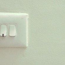 https://pixabay.com/en/plug-light-electricity-powe......