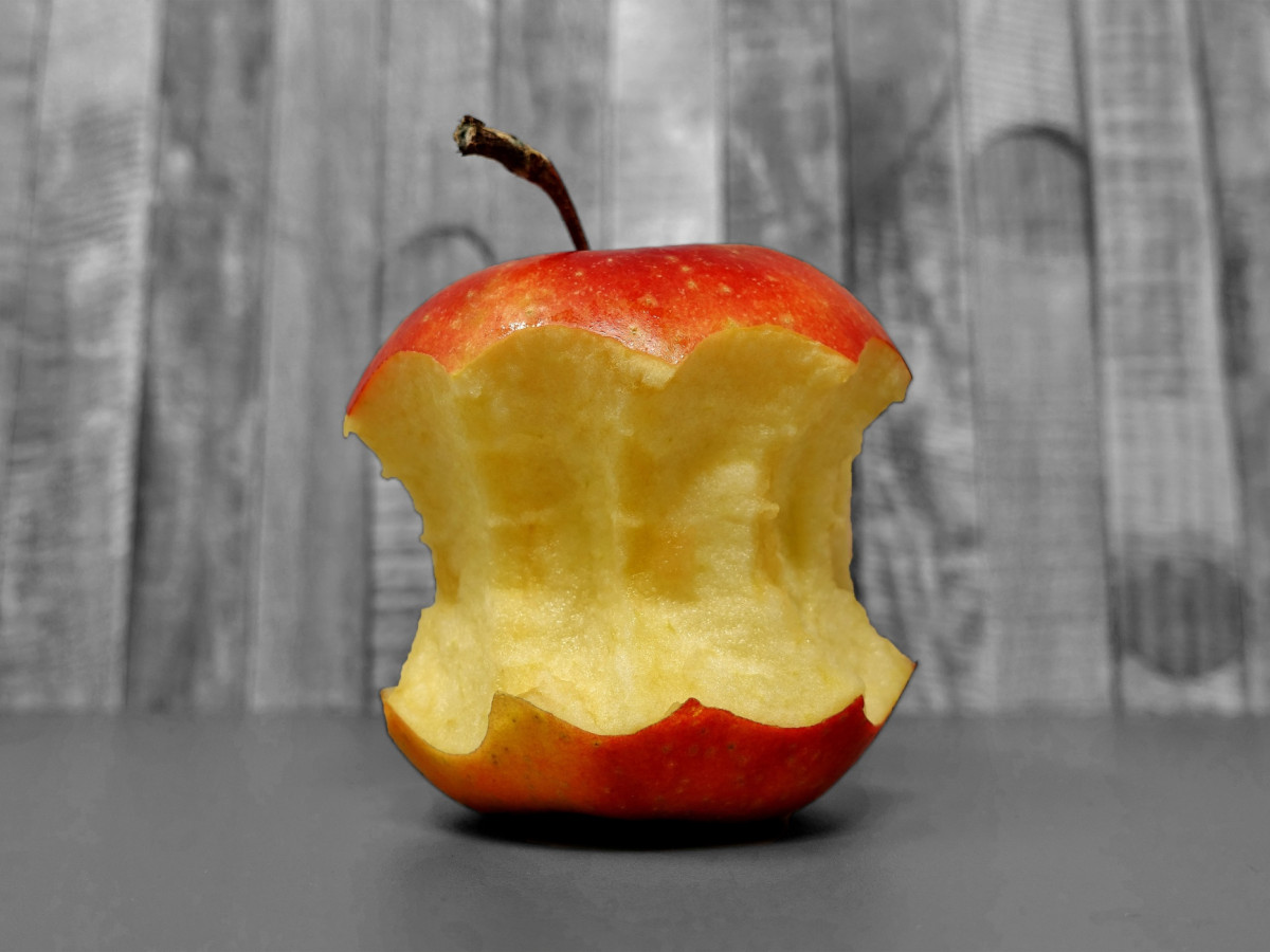 Are Apple Cores Poisonous Questions Naked Scientists